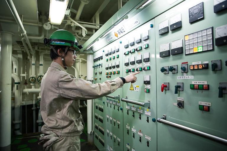 電気系統・配管の整備点検