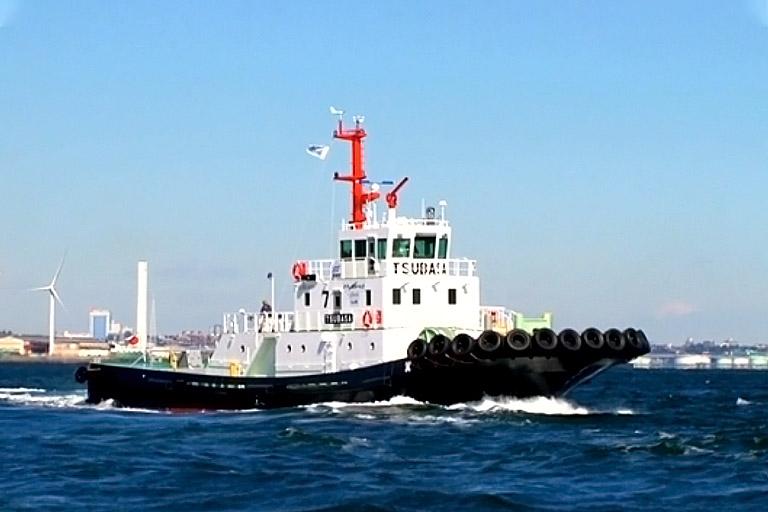 環境配慮型タグボート「翼」